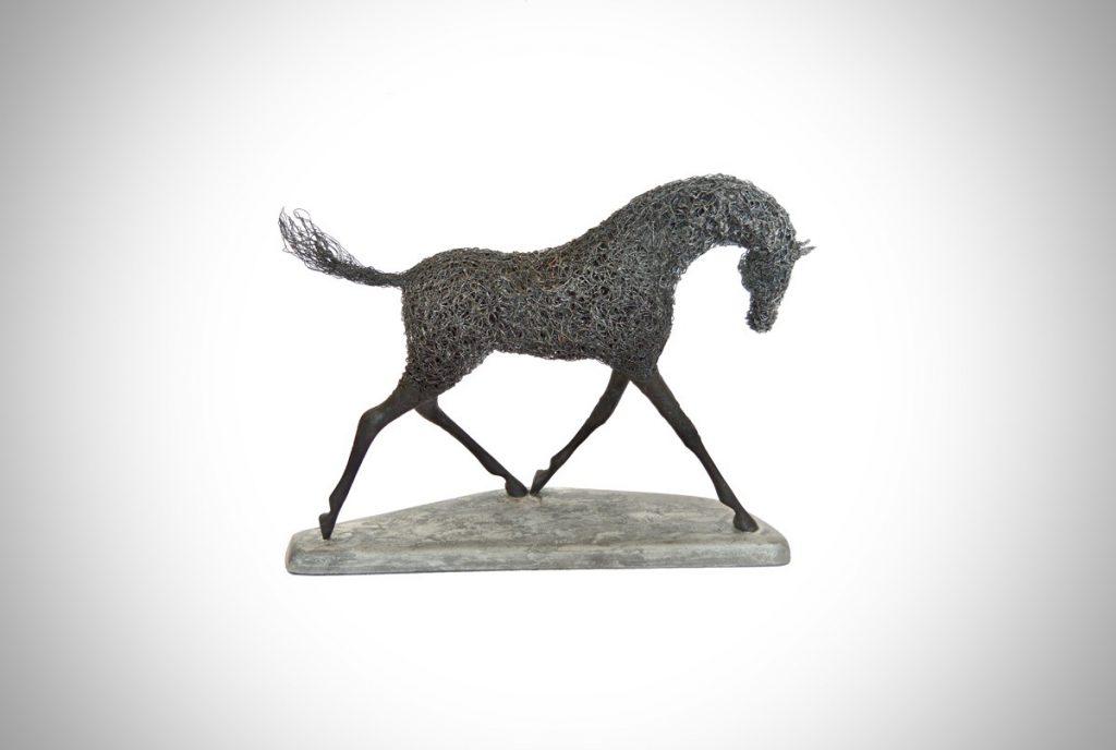 Dark Horse (NEW)